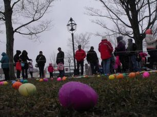 2015-easter-egg-hunt-210