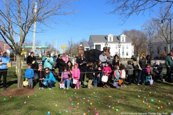 2016-easter-egg-hunt-5017