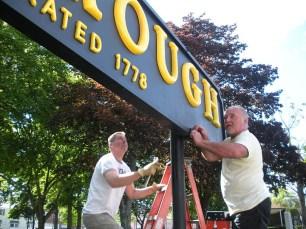 2010-foxboro-sign-repair-05
