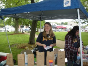 2011-jaycee-vendor-fair-03.jpg