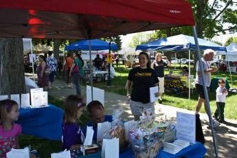2012-jaycee-vendor-fair-17.jpg
