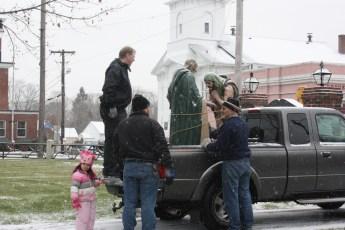 2012-nativity-setup-125