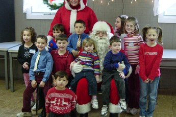 2006-kids-christmas-party-07
