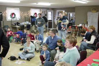 2006-kids-christmas-party-11