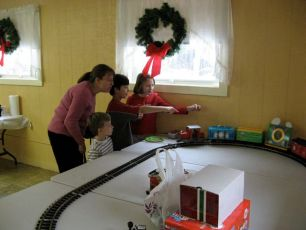 2008-kids-christmas-party-50