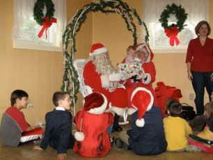 2008-kids-christmas-party-58