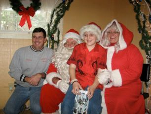 2008-kids-christmas-party-64