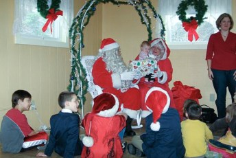 2008-kids-christmas-party-91