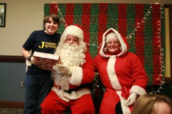 2009-kids-christmas-party-125
