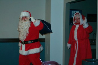 2010-kids-christmas-party-134