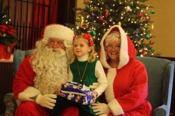 2012-022-jaycee-christmas-kids-party