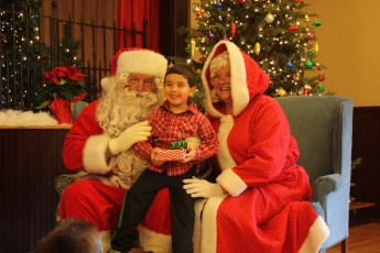 2012-024-jaycee-christmas-kids-party