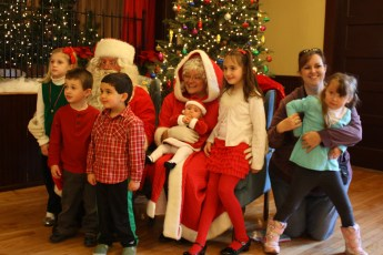 2012-028-jaycee-christmas-kids-party
