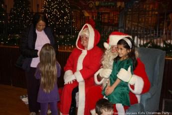 2014-jaycee-christmas-kids-party-003