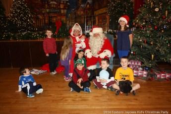2014-jaycee-christmas-kids-party-006