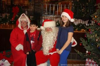 2014-jaycee-christmas-kids-party-018