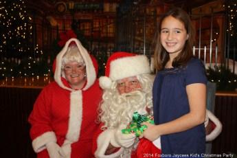 2014-jaycee-christmas-kids-party-031