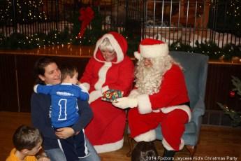2014-jaycee-christmas-kids-party-041