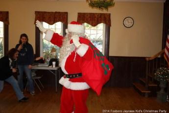2014-jaycee-christmas-kids-party-051