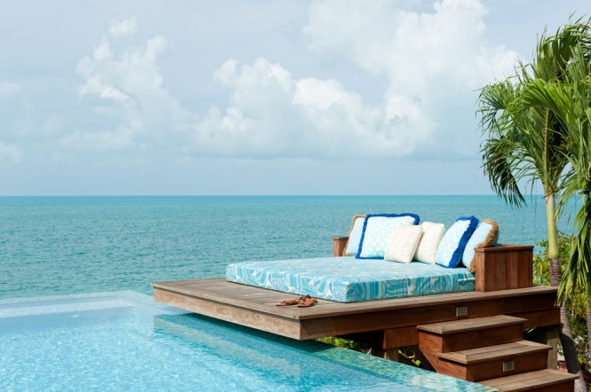 Sealy Memory Foam Mattress Patio Tropical With Chaise Fringe Infinty Edge Pool Ocean View Outdoor Bed