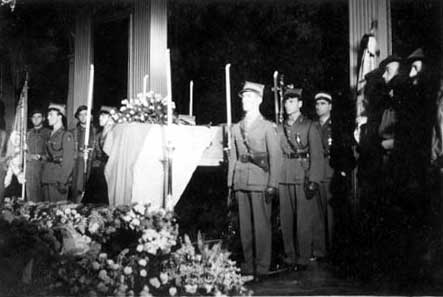 Sikorski Lying in state