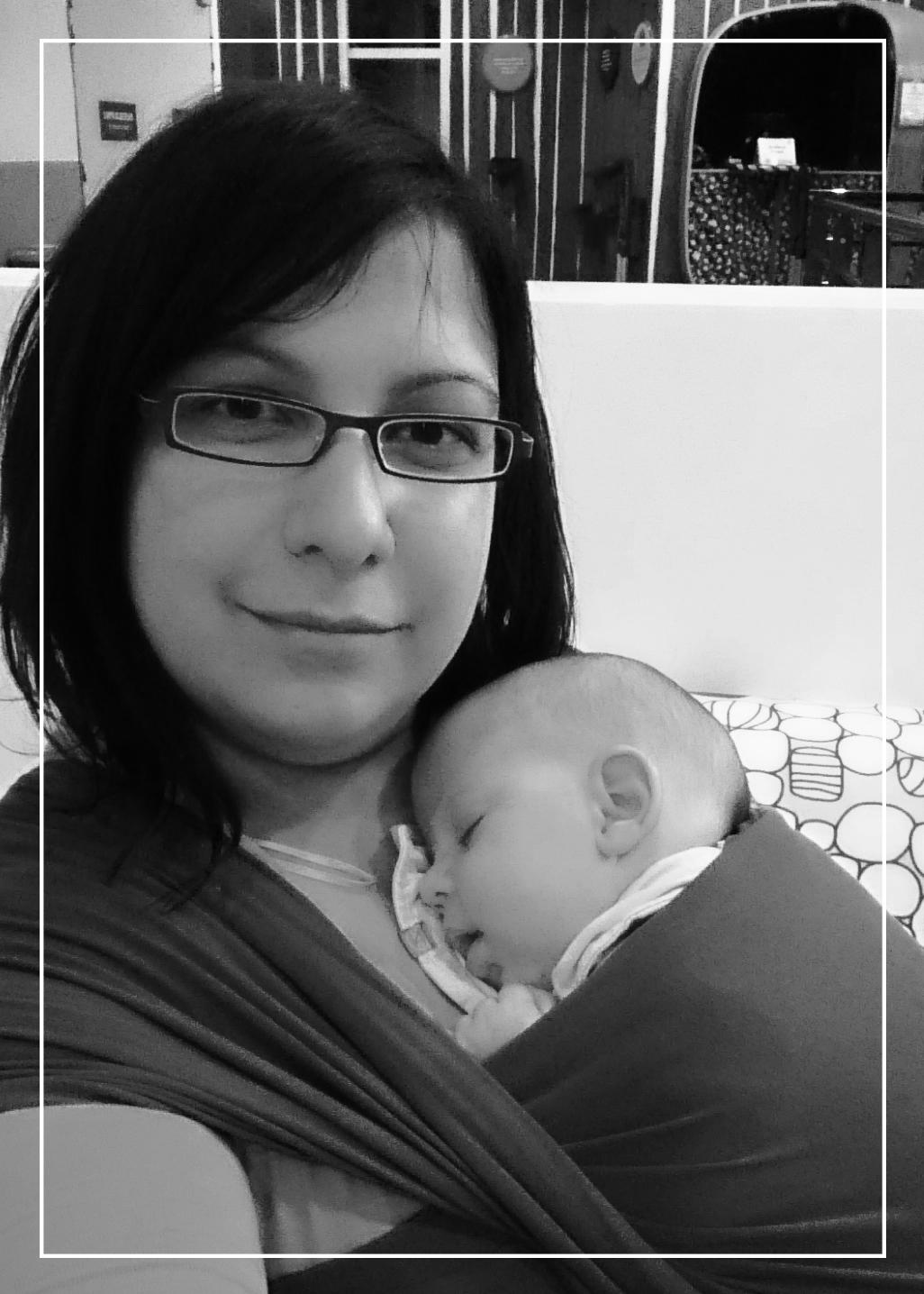 Emilie LOZANO formatrice au portage des bébés