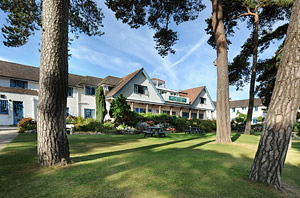 Enter prize draw for family stay at Knoll House