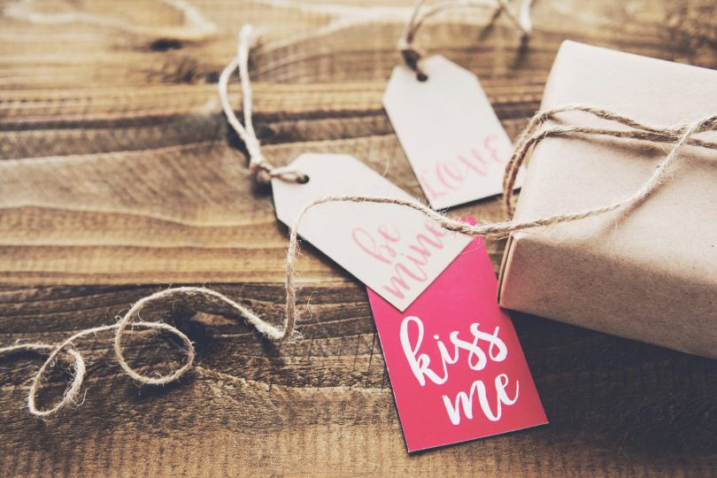 5 senses Valentine's day gifts