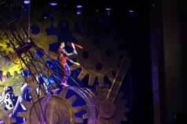 china-urlaub-erfahrungen-peking-drums-bells-tower-theater-artisten-show-9