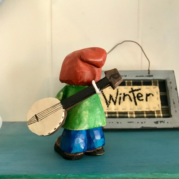 little banjo man wood carving