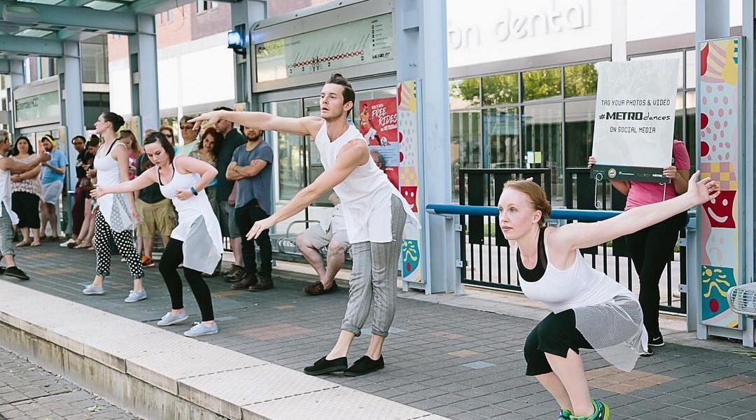 Frame Dance Metro Dances