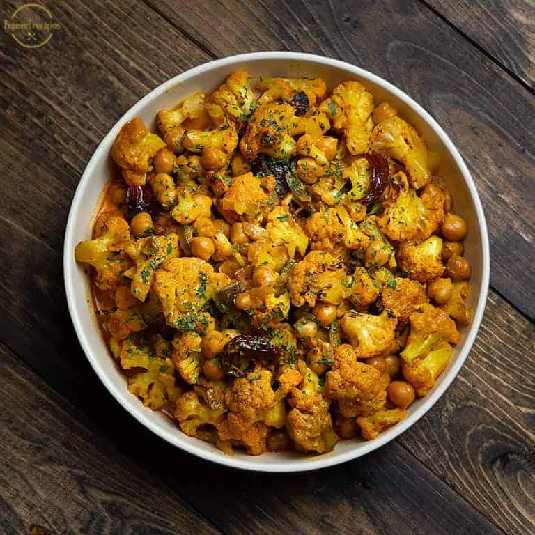 Cauliflower Chickpea Curry