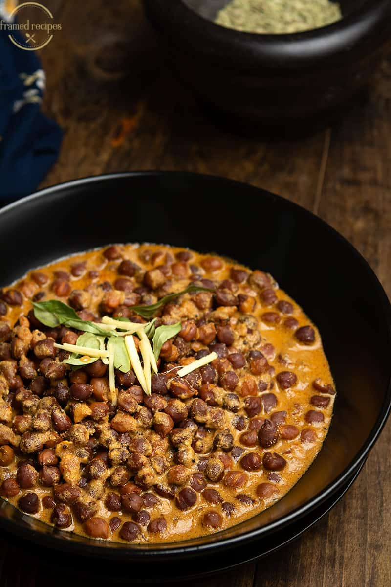 kadala curry with coconut
