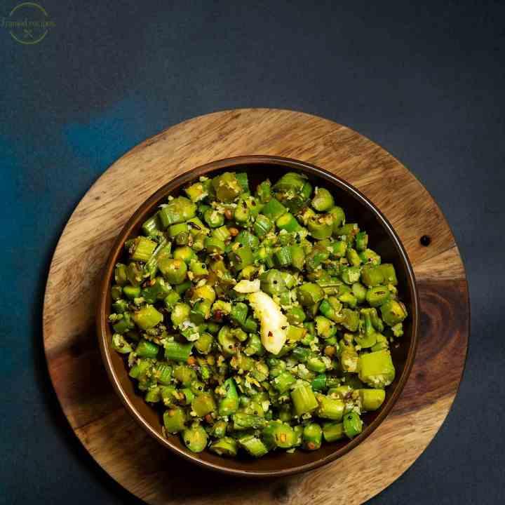 asparagus thoran