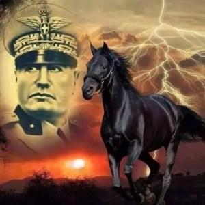 fascismo mussolini cavallo