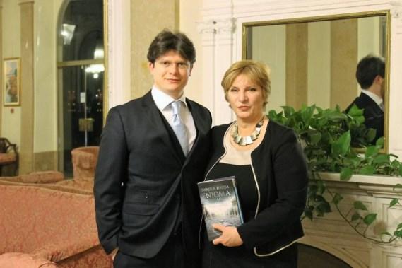 Alessandro Cerioli, presidente di Tablinum, e Daniela Piazza, autrice di L'enigma Michelangelo
