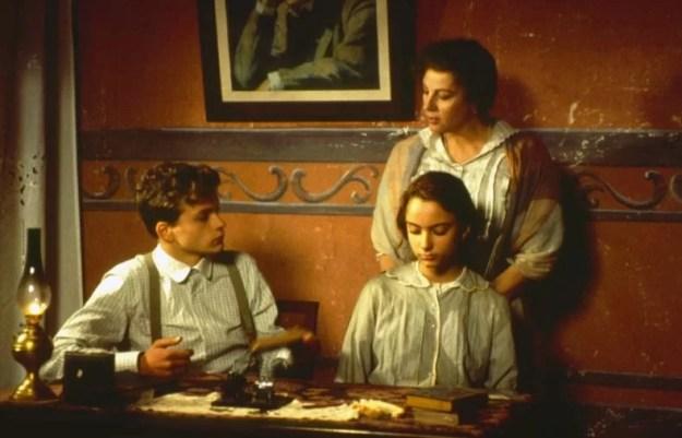 """Dal film """"Con gli occhi chiusi"""", Francesca Archibugi, 1994. lacooltura.com"""