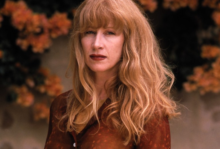 Loreena McKennitt: il canto del passato mistico tra leggenda e tradizione