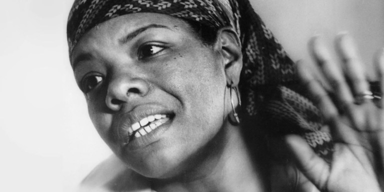 Maya Angelou non canta nel silenzio: l'attivismo mai esausto di un'autrice afroamericana