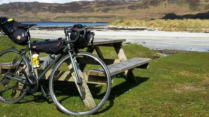 Bikepacking : Les conseils de Restrap pour charger ses sacoches