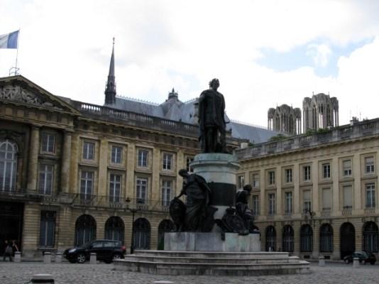 Reims-4
