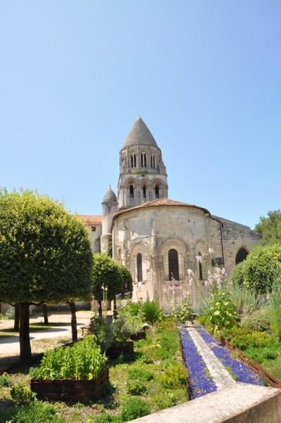 Saintes Abbaye aux Dames