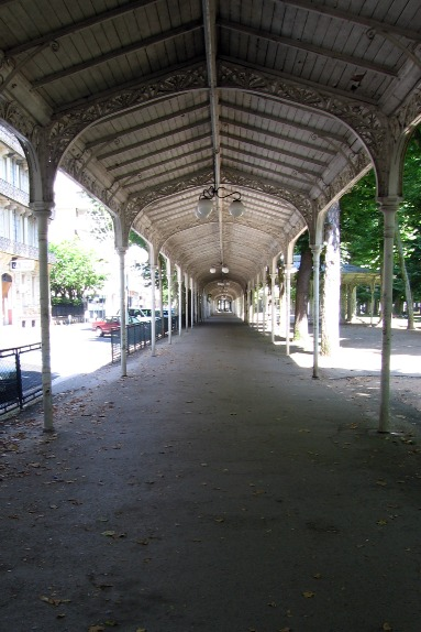 Covered walkway around Parc des Sources