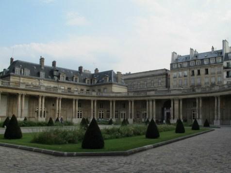 Hôtel de Soubise, cour d'honneur
