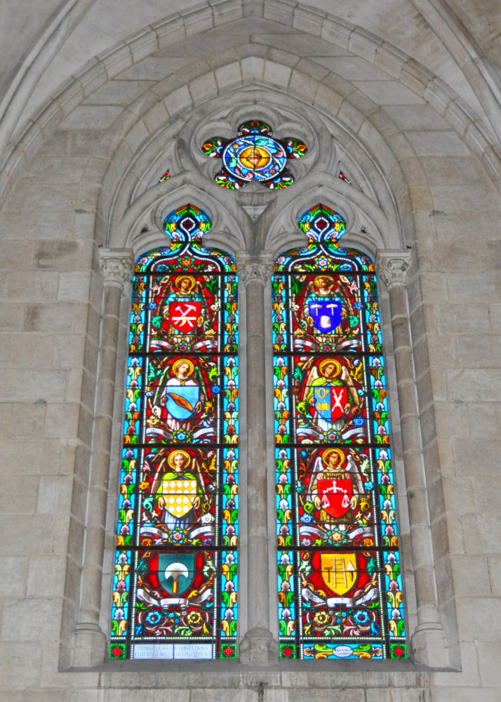 eglise-st-martial-stainedglass-12