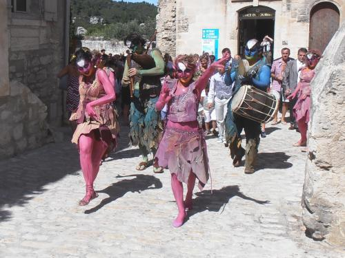 Photos Les Baux De Provence Guide Tourisme Amp Vacances