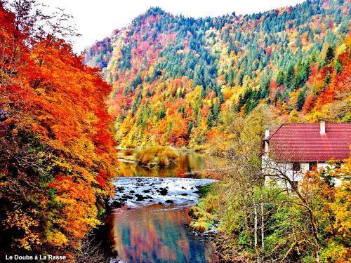 Les Gorges Du Doubs Guide Tourisme Amp Vacances