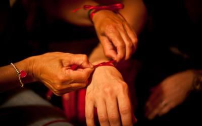 NUOVA Tenda Rossa Epanouie LE STAGIONI DELLE DONNE