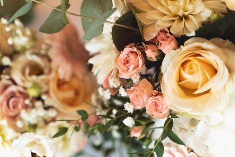 wedding flowers detail | Villa la palagina resort