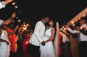 kissing with the sparkles | Villa la palagina resort